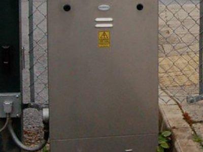 R460 Feeder Pillar Lift off Door