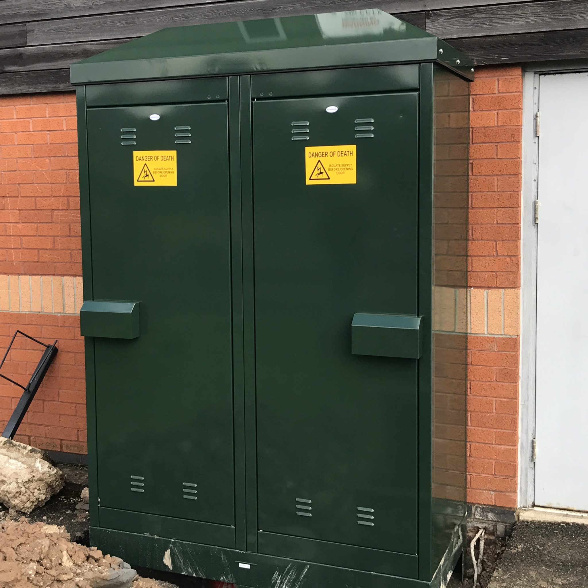Temporary Builders Supply Kiosk 300 amp temporary electrical connection