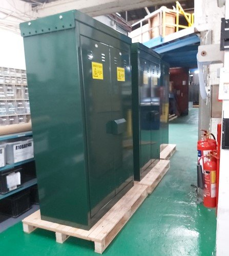 RMC cabinets - Large Enclosures Stainless Steel - EV charging Application
